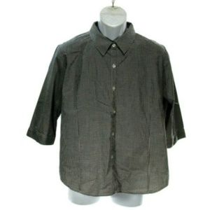 Relativity Women's Large Checked Button Down Top